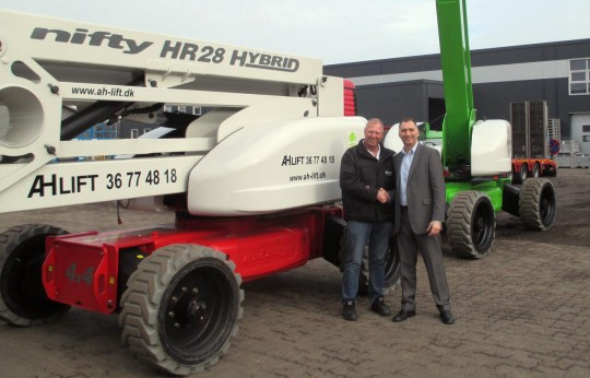 AH-Lift Receives Denmark's First HR28s