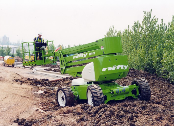 Niftylift introduces the HR17 4x4